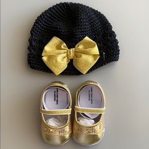 New Baby Girl Gold Shoes and Hat w/Bow